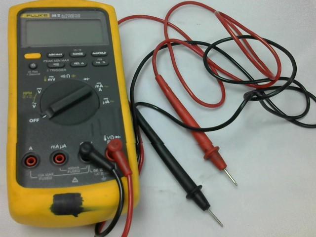 FLUKE Multimeter 88 V