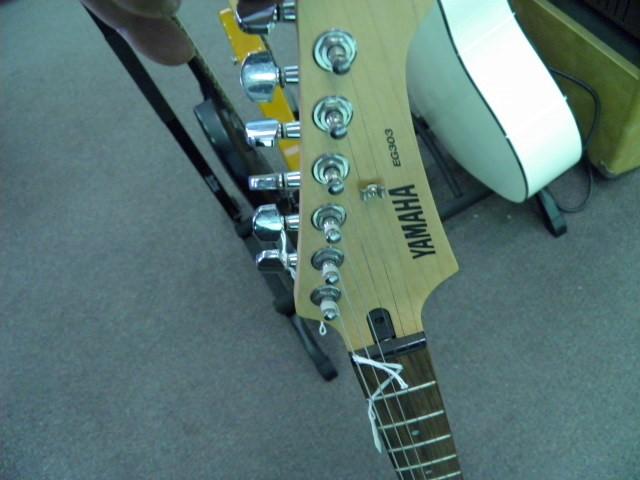 YAMAHA Electric Guitar EG303 ELECTRIC GUITAR