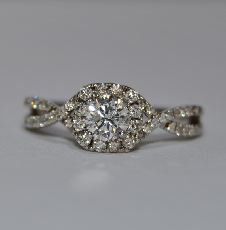 14k White Gold Halo Twist Diamond Engagement Ring Size 8