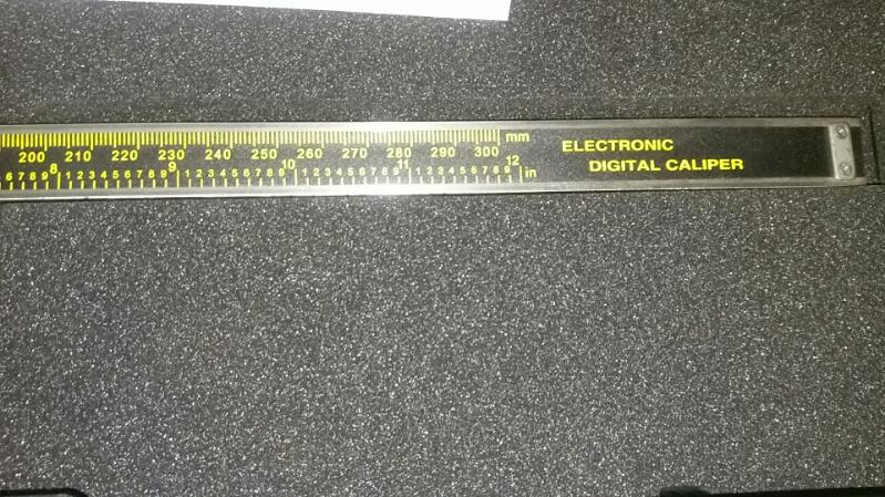 PITTSBURGH PRO TOOLS Micrometer 47261 12 INCH DIGITAL CALIPER