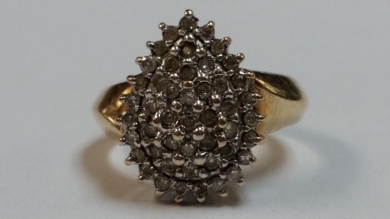 Lady's Diamond Cluster Ring 47 Diamonds .94 Carat T.W. 10K Yellow Gold 4.2g