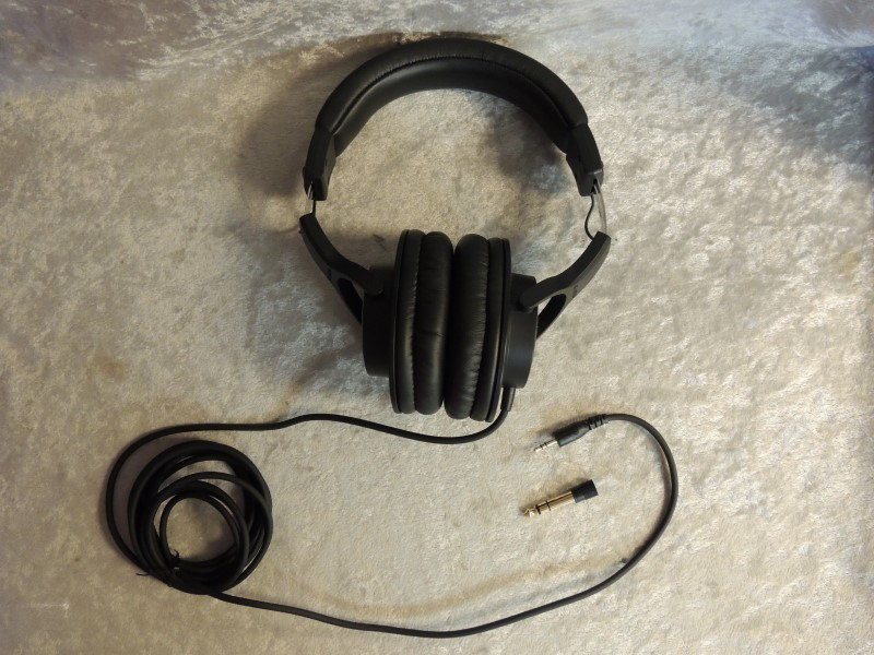 Audio-Technica ATH-M20x Professional Headphones Black Wired EUC