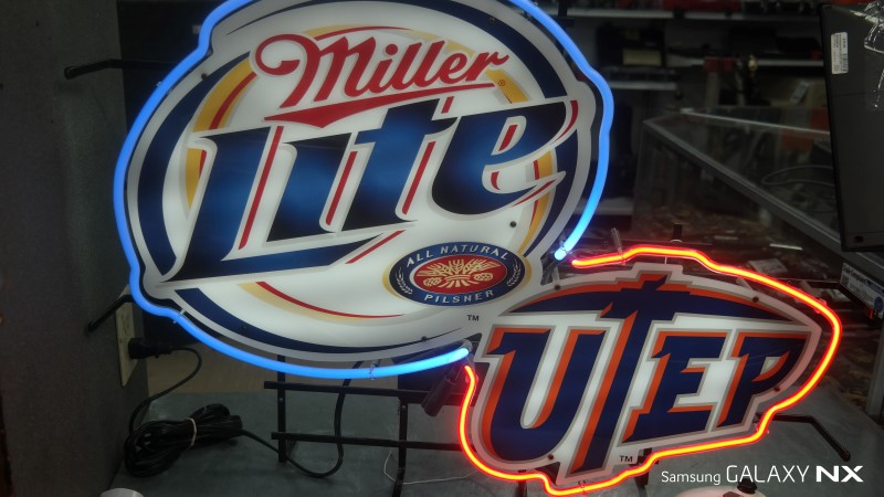 MILLER BREWING COMPANY NEON LIGHTS