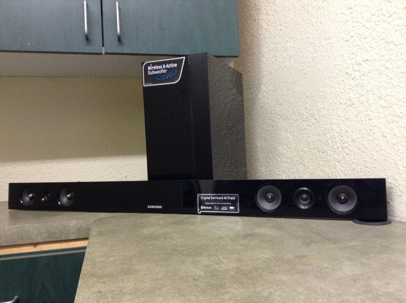 SAMSUNG Surround Sound Speakers & System HW-E450/ZA