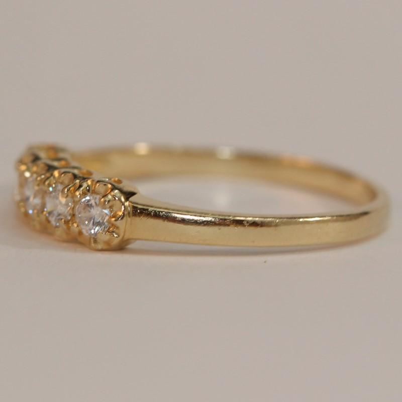 14K Yellow Gold Round White Stone Band Size 10.25