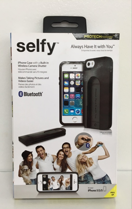 ILUV SELFY CASE WITH WIRELESS CAMERA SHUTTER - IPHONE 5/5S - BLACK