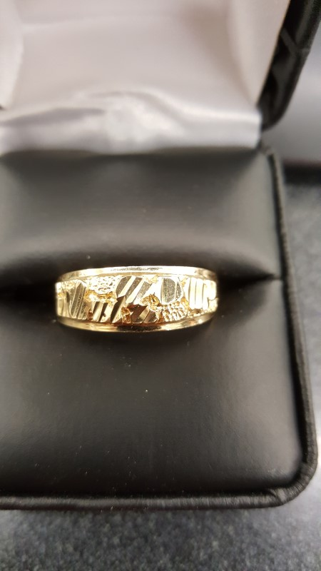 Gent's Gold Ring 10K Yellow Gold 3.4g Size:9