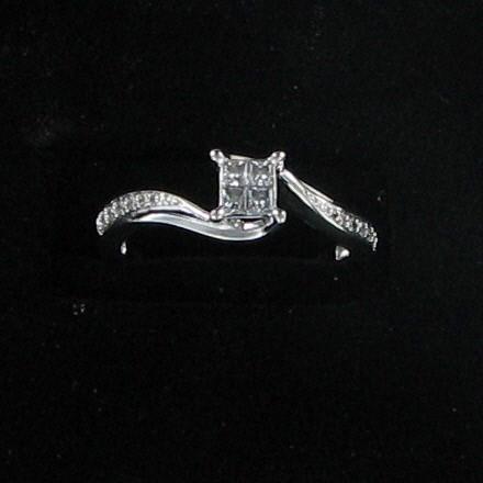 Lady's Diamond Engagement Ring 14 Diamonds .30 Carat T.W. 10K White Gold 1.8dwt
