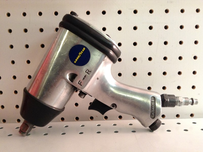 """GOODYEAR Air Impact Wrench 1/2"""" DRIVE AIR IMPACT WRENCH"""