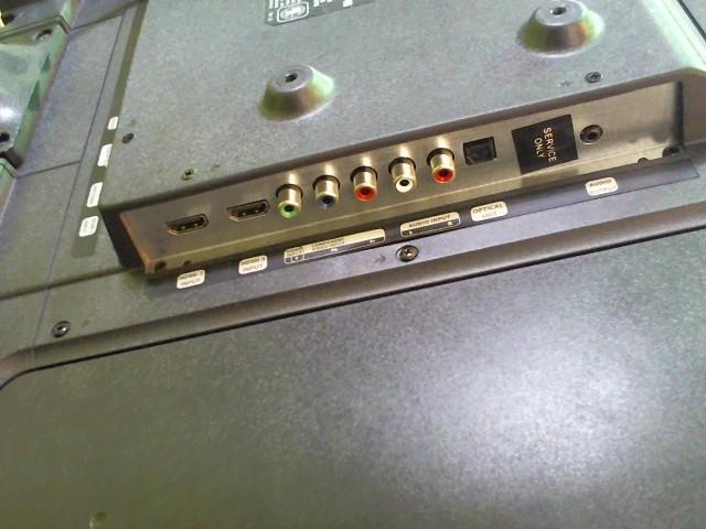 GPX Flat Panel Television TDE3274BP