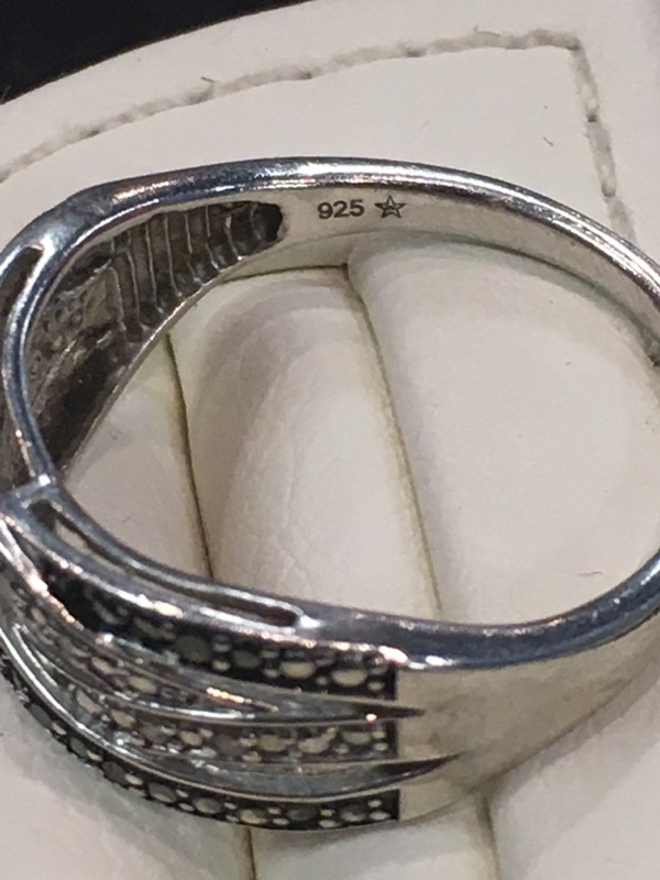 Lady's Silver Ring 925 Silver 1.6dwt Size:6.5