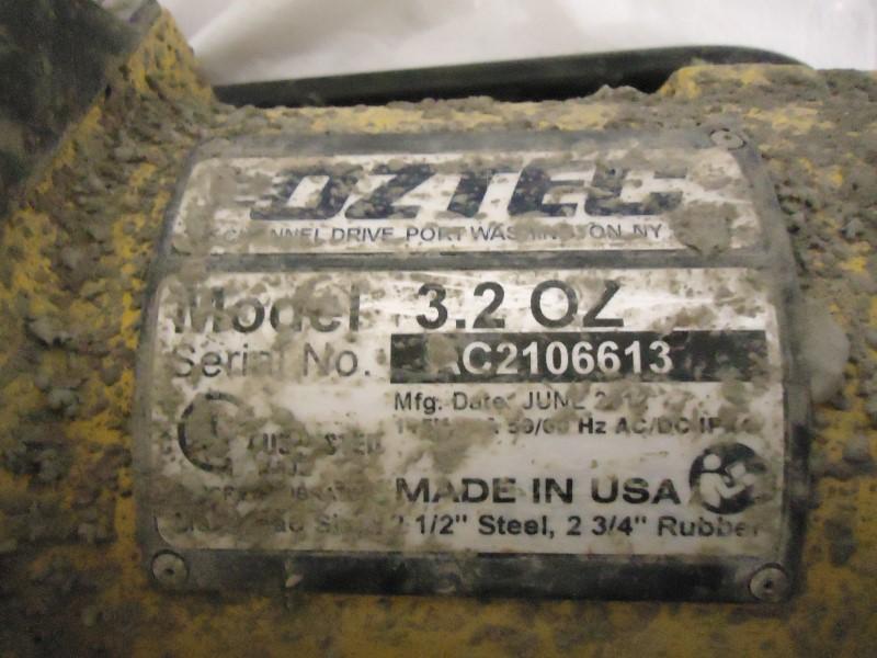OZTEC Concrete Vibrator 3.2 OZ