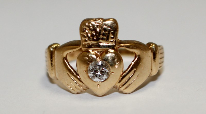 Diamond Solitaire Claddagh Ring 14K Yellow Gold Size: 7.5
