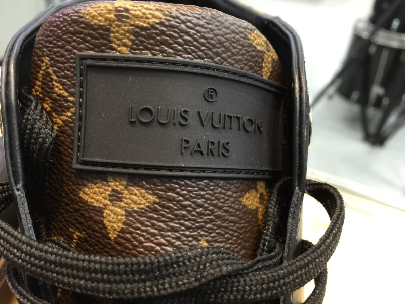 AUTHENTIC LOUIS VUITTON LINE-UP SNEAKER BOOTS MEN'S 12 SIZE  BLACK