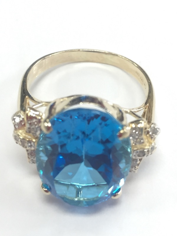 Blue Topaz Lady's Stone Ring 14K Yellow Gold 7.69g