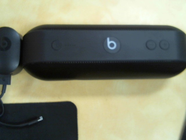 BEATS AUDIO Speakers PILL A1680