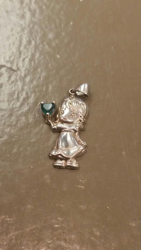 Green Stone Silver-Stone Pendant 925 Silver 2.6dwt