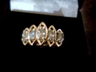 Lady's Diamond Fashion Ring 5 Diamonds 1.05 Carat T.W. 14K Yellow Gold 4.8g