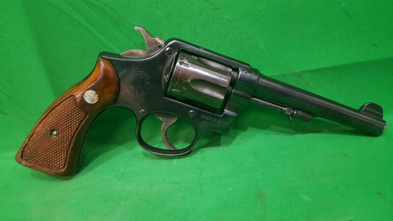 SMITH & WESSON Revolver PRE MODEL 10