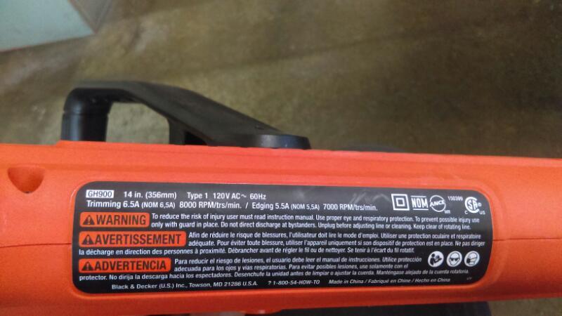 BLACK&DECKER LAWN TRIMMER GH900