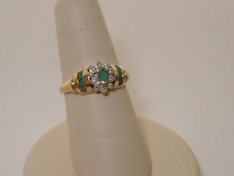 Synthetic Emerald Lady's Stone & Diamond Ring 5 Diamonds .025 Carat T.W.