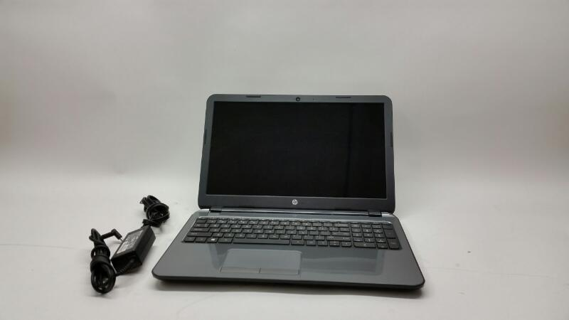 Hewlett Packard 15 Windows 8.1 - Ram 4gb - HHD 500gb - AMD 1GHz - Broken on left