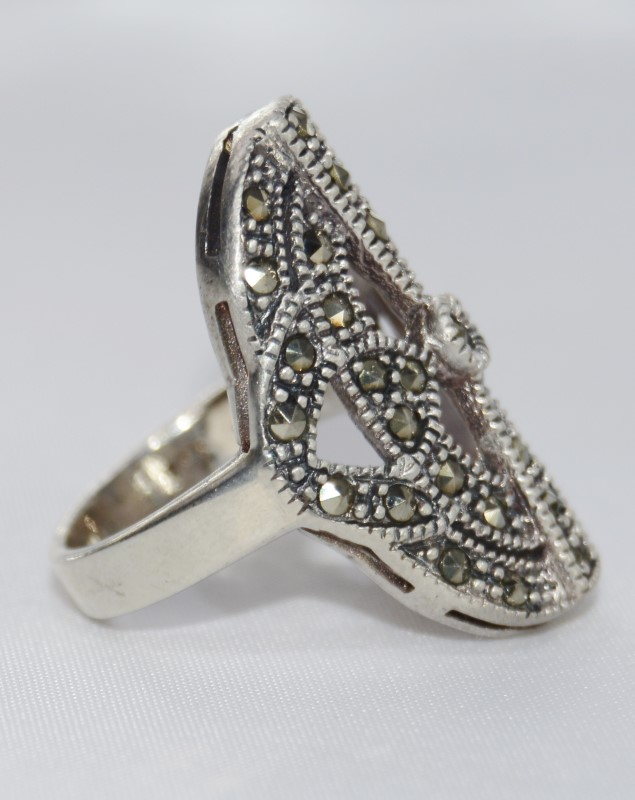 Sterling Silver Vintage-Inspired Marcasite Statement Ring SIZE 7