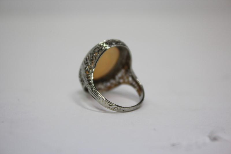 Opal Lady's Stone Ring 18K White Gold 4g Size:4