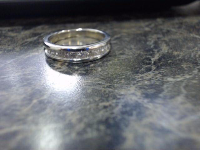 Lady's Gold Ring 14K White Gold 3.7g