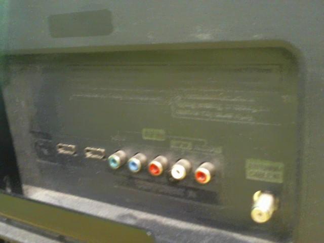 LG Flat Panel Television 32CS460