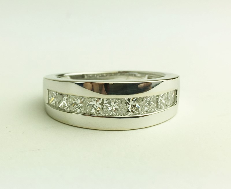 GENTS 14K WHITE GOLD DIAMOND WEDDING BAND APX 1.95CTW SIZE 9.5