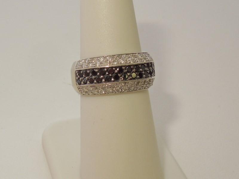 Lady's Diamond Wedding Band 75 Diamonds .75 Carat T.W. 14K White Gold 8.9g