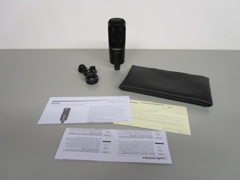 AUDIO-TECHNICA AT2020 CARDIOID CONDENSER MICROPHONE, NEAR MINT