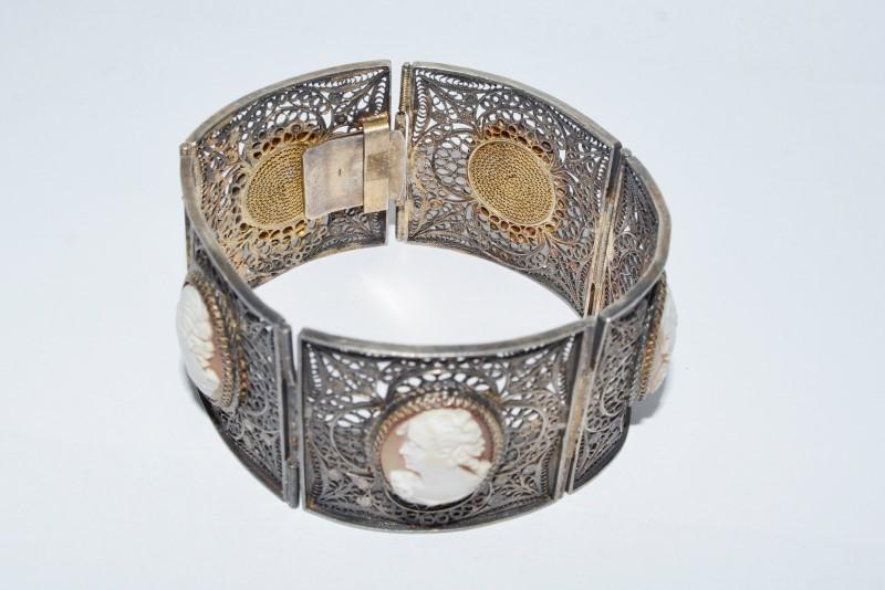 .800 Silver Vintage Inspired Carnelian Cameo Hinged Filigree Statement Bracelet