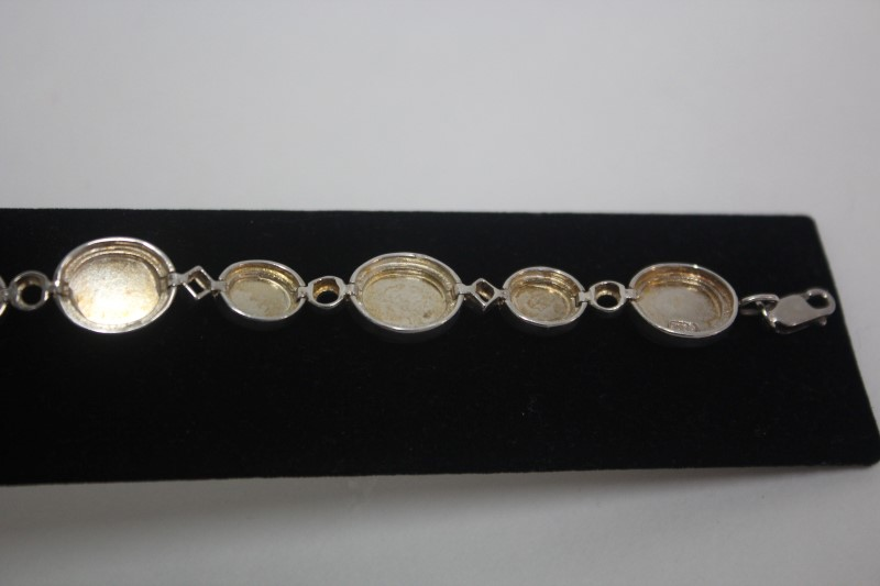Synthetic Cats Eye Crysoberyl Silver-Stone Bracelet 925 Silver 22.4g