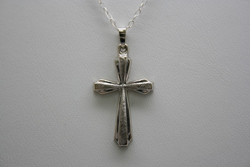 FASHION STYLE CROSS 14K WHITE GOLD