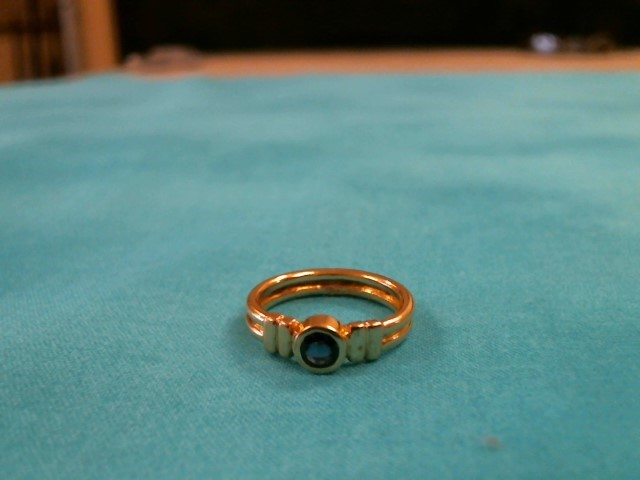 Blue Stone Lady's Stone Ring 18K Yellow Gold 3.8dwt