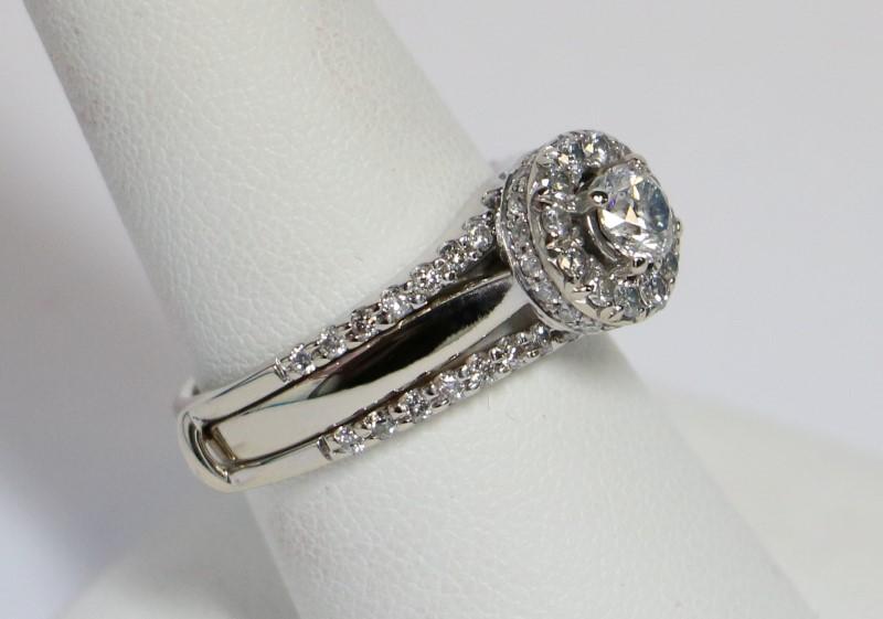 Lady's Diamond Wedding Set 66 Diamonds 1.22 Carat T.W. 14K White Gold 7.47g