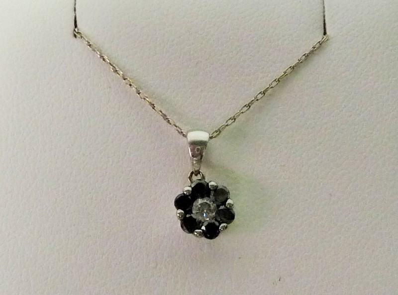 Synthetic Onyx Diamond & Stone Necklace .10 CT. 14K White Gold 1.18dwt