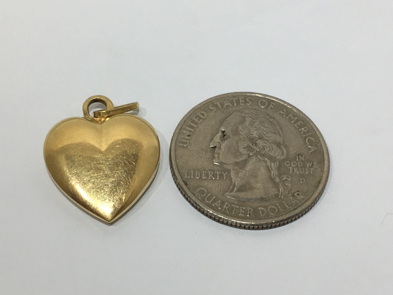 18K Yellow Gold Plain Polished 3D Puffy Heart Charm Pendant