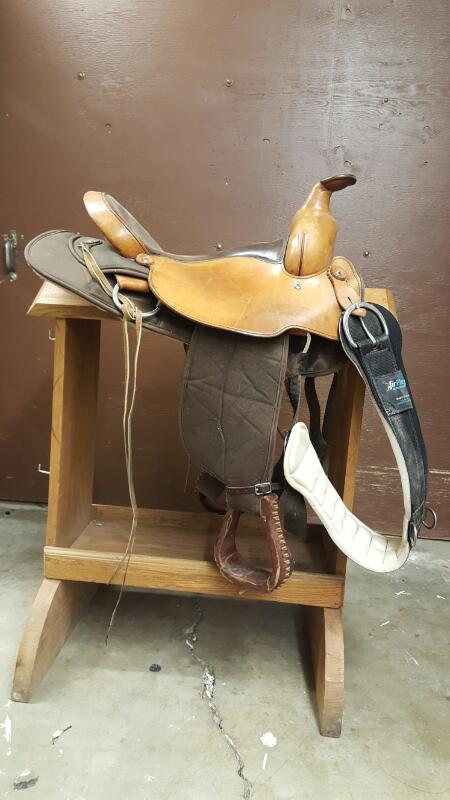 """Fabtron 16"""" Trail Saddle, Hand Made 2-Tone"""