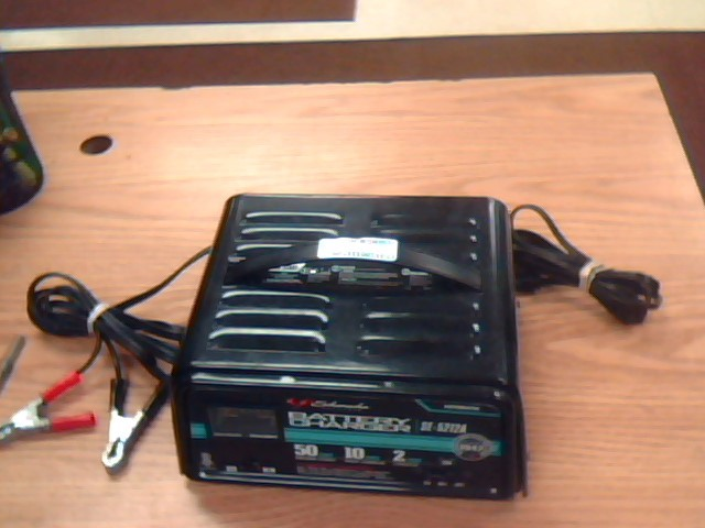 SCHUMACHER Battery/Charger SE-5212A CHARGER