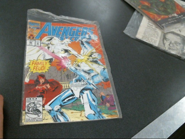 MARVEL COMICS Comic Book AVENGERS