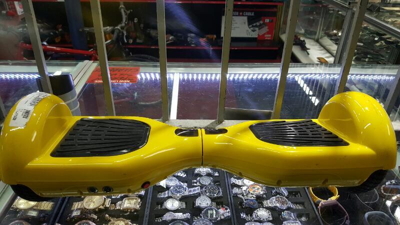 KIDS_YELLOW_HUBER_BOARD Slot Car