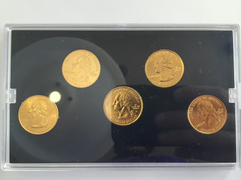 UNITED STATES MINT SET 2004 GOLD EDITION STATE QUARTER COLLECTION
