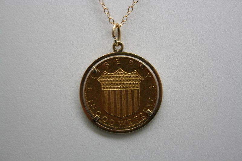 1968 KENNEDY GOLD COIN W/ GOLD BEZEL