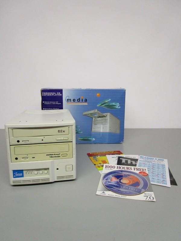ZERUS HARDWARE B MEDIA 5212B PERSONAL CD COPIER/ PLAYER