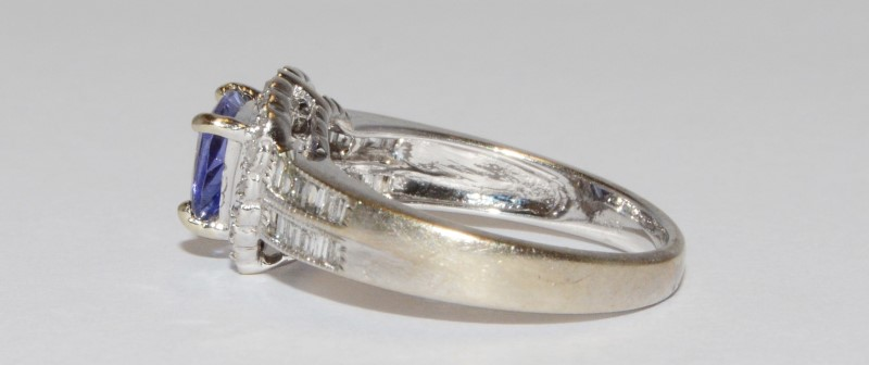 10K Women's White Gold Halo Set Diamond & Triangular Cut Tanzanite Ring Size 6