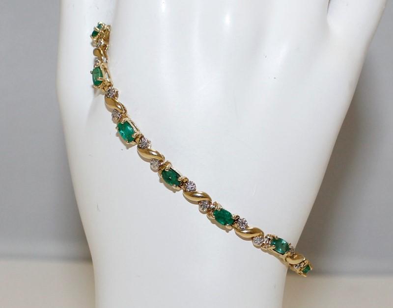 "14K Women's 7"" Yellow Gold Baguette Cut Emerald & Round Diamond Tennis Bracelet"
