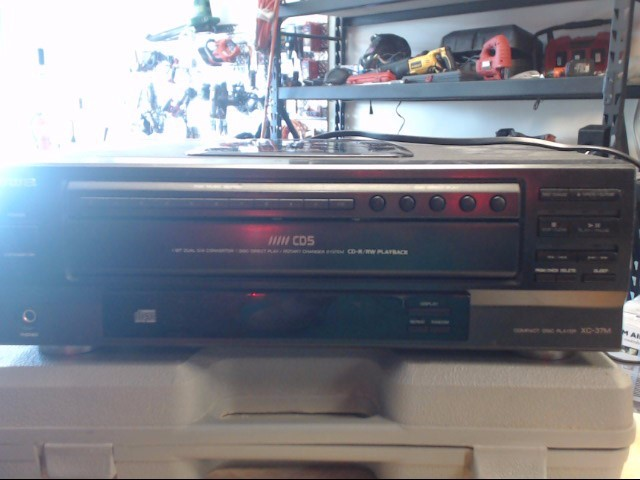 AIWA CD Player & Recorder XC-37MU